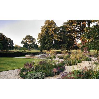 The Thoughtful Gardener: An Intelligent Approach to Garden Design